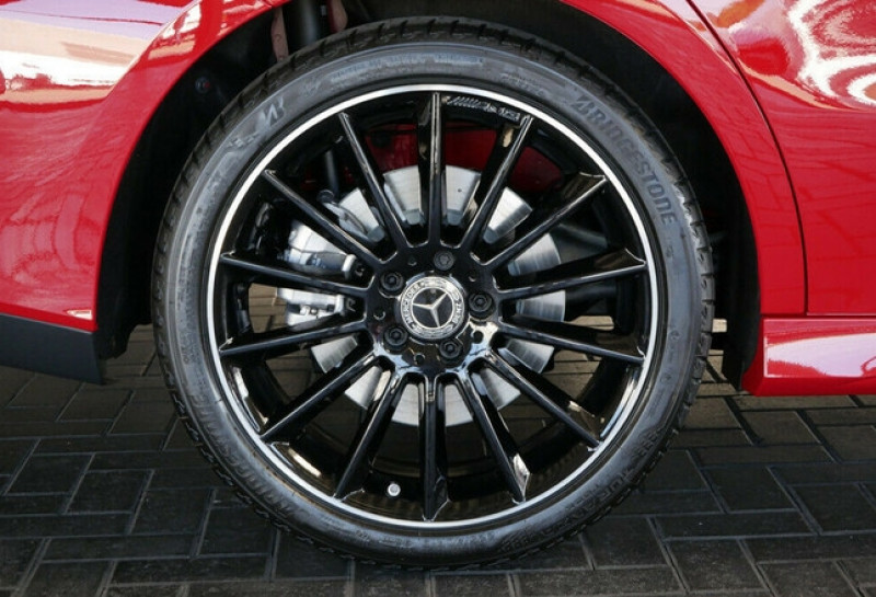 Photo 15 de l'offre de MERCEDES-BENZ CLA 250 E 160+102CH AMG LINE 8G-DCT à 49500€ chez YM Automobiles