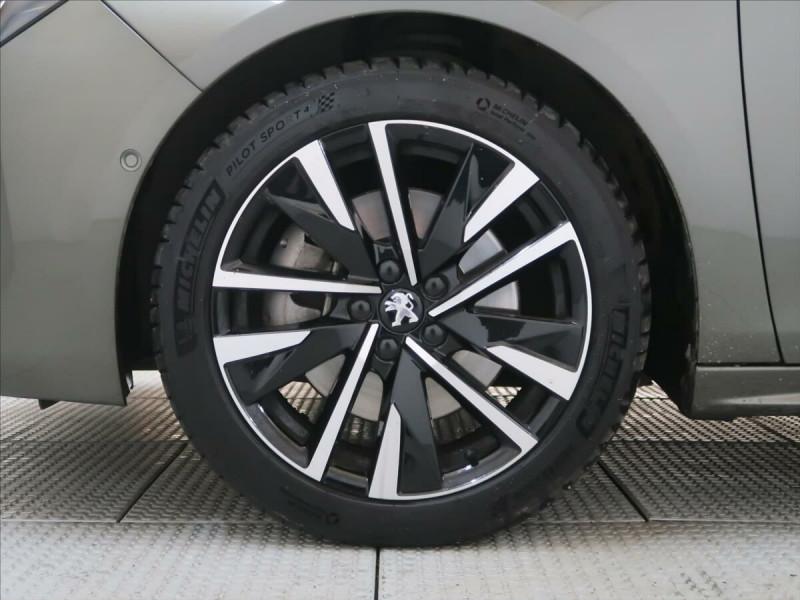 Photo 11 de l'offre de PEUGEOT 508 SW PURETECH 225CH S&S GT EAT8 119G à 33500€ chez YM Automobiles