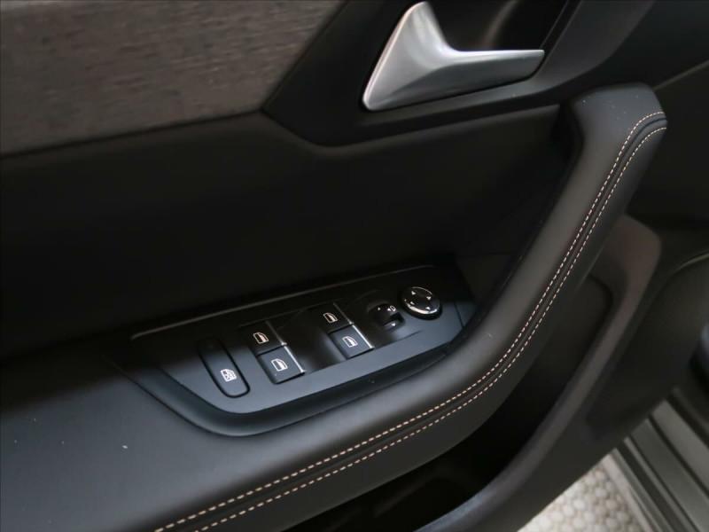 Photo 15 de l'offre de PEUGEOT 508 SW PURETECH 225CH S&S GT EAT8 119G à 33500€ chez YM Automobiles