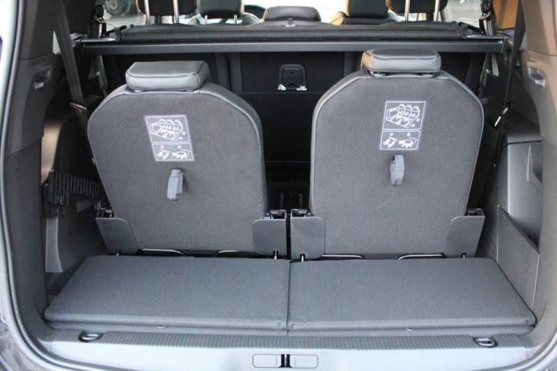 Photo 11 de l'offre de PEUGEOT 5008 1.6 PURETECH 180CH S&S GT EAT8 à 41000€ chez YM Automobiles