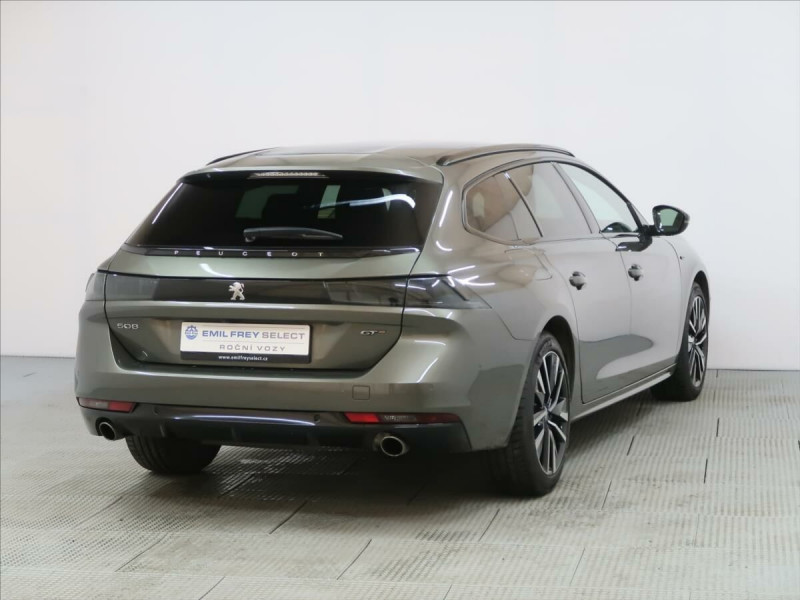 Photo 3 de l'offre de PEUGEOT 508 SW PURETECH 225CH S&S GT EAT8 119G à 33500€ chez YM Automobiles