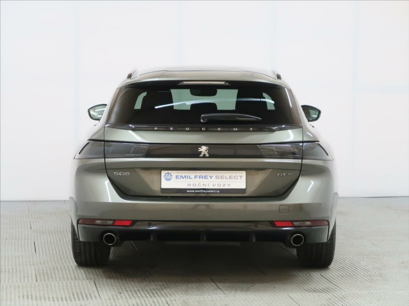 Photo 8 de l'offre de PEUGEOT 508 SW PURETECH 225CH S&S GT EAT8 119G à 33500€ chez YM Automobiles