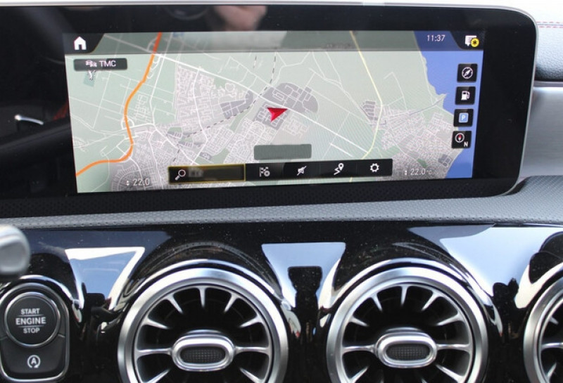 Photo 9 de l'offre de MERCEDES-BENZ CLA 250 E 160+102CH AMG LINE 8G-DCT à 49500€ chez YM Automobiles