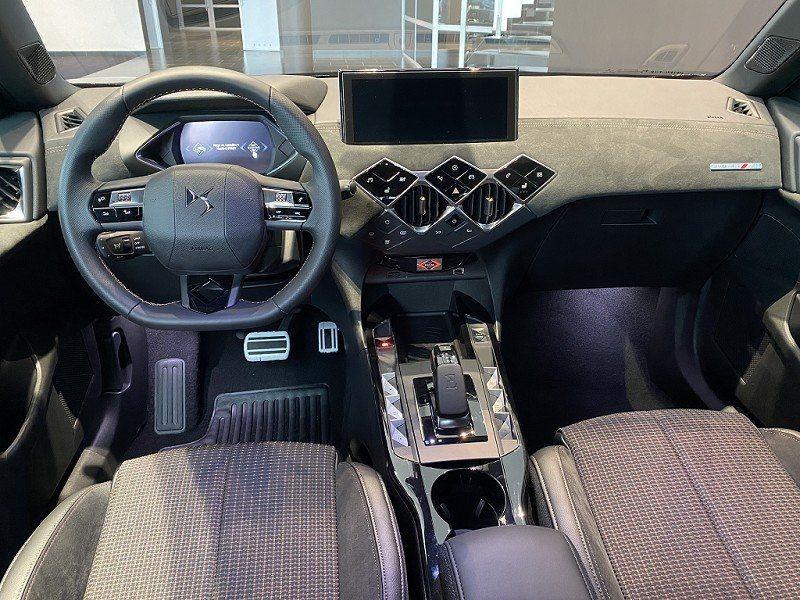 Photo 17 de l'offre de DS DS 3 CROSSBACK E-TENSE PERFORMANCE LINE + 4CV à 42000€ chez YM Automobiles