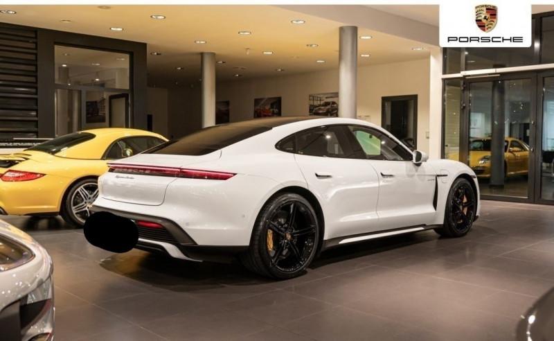 Photo 3 de l'offre de PORSCHE TAYCAN 571CH 4S AVEC BATTERIE PERFORMANCE PLUS à 150000€ chez YM Automobiles