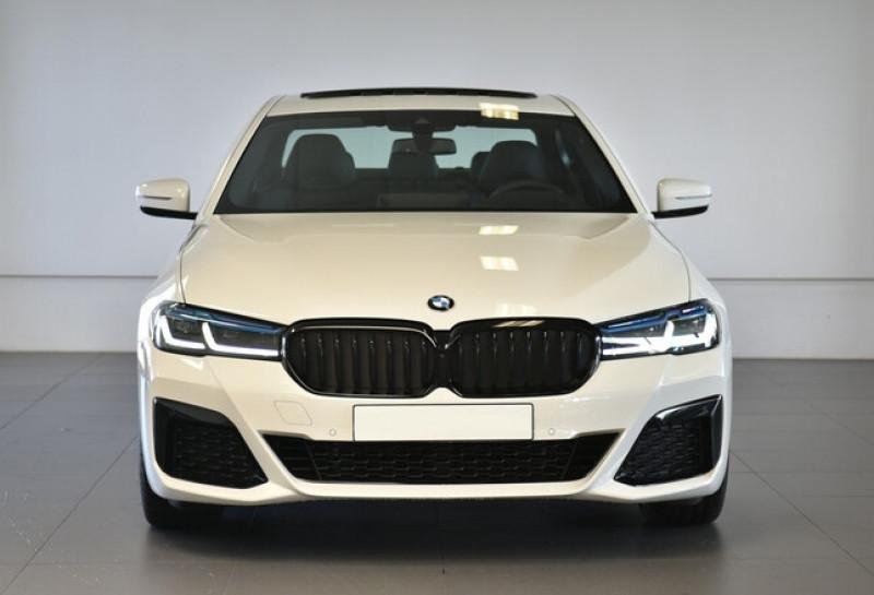 Photo 4 de l'offre de BMW SERIE 5 (G30) 520DA XDRIVE 190CH M SPORT STEPTRONIC EURO6D-T 117G à 58600€ chez YM Automobiles