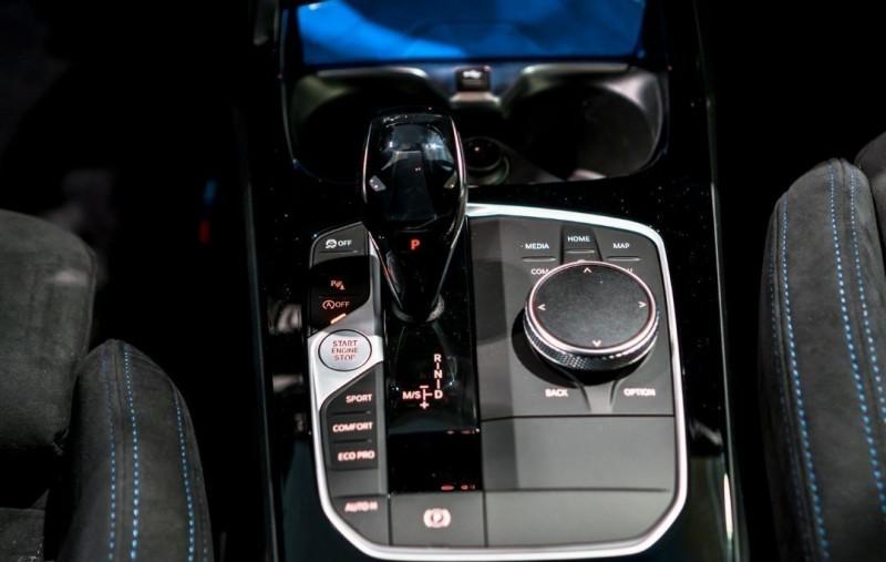 Photo 21 de l'offre de BMW SERIE 1 (F40) M135IA XDRIVE 306CH à 51500€ chez YM Automobiles