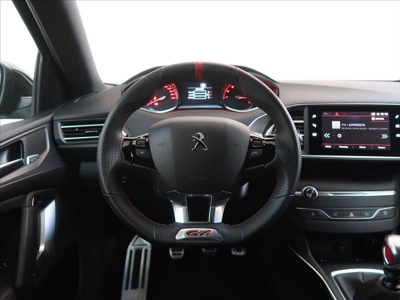 Photo 24 de l'offre de PEUGEOT 308 1.6 PURETECH 263CH E6.2 EVAP S&S GTI à 32000€ chez YM Automobiles