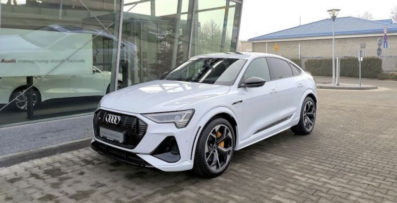 Audi E-TRON S SPORTBACK 503CH E-QUATTRO SPORT Electrique BLANC Neuf à vendre