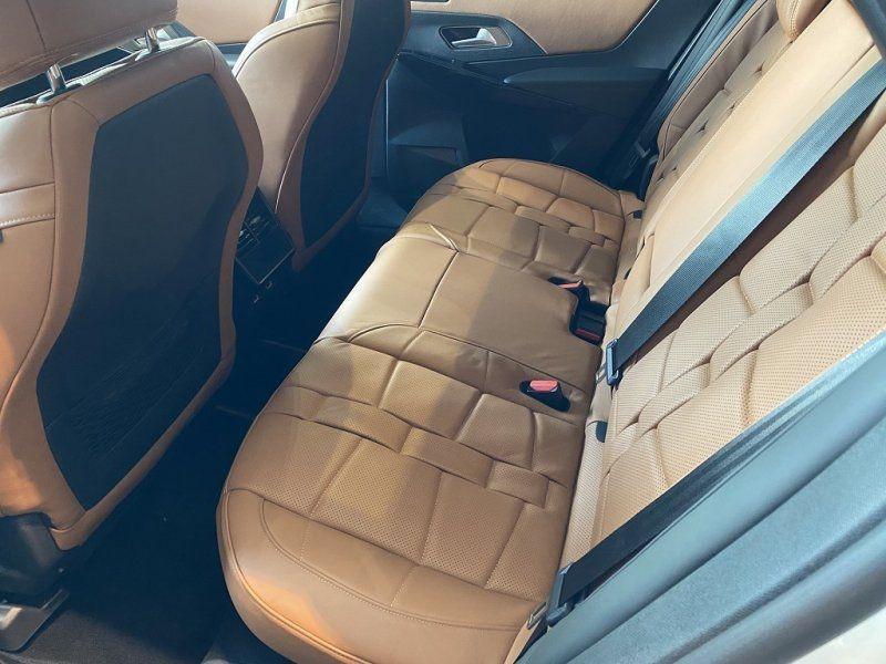 Photo 19 de l'offre de DS DS 7 CROSSBACK PURETECH 225CH GRAND CHIC AUTOMATIQUE 13CV à 55000€ chez YM Automobiles