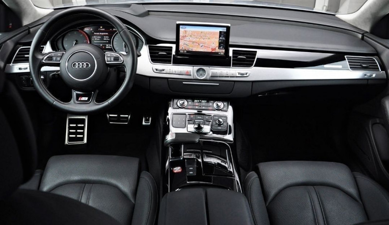 Photo 13 de l'offre de AUDI S8 4.0 V8 TFSI 605CH PLUS QUATTRO TIPTRONIC à 70500€ chez YM Automobiles