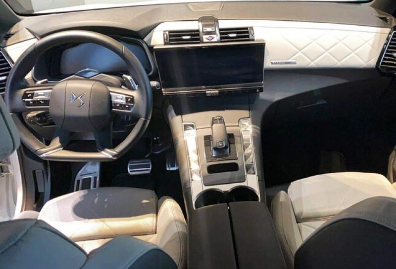 Photo 8 de l'offre de DS DS 7 CROSSBACK PURETECH 225CH GRAND CHIC AUTOMATIQUE 13CV à 49100€ chez YM Automobiles
