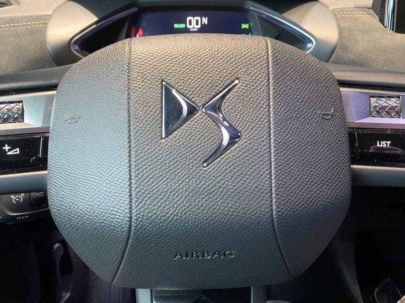 Photo 21 de l'offre de DS DS 3 CROSSBACK E-TENSE PERFORMANCE LINE + 4CV à 42000€ chez YM Automobiles