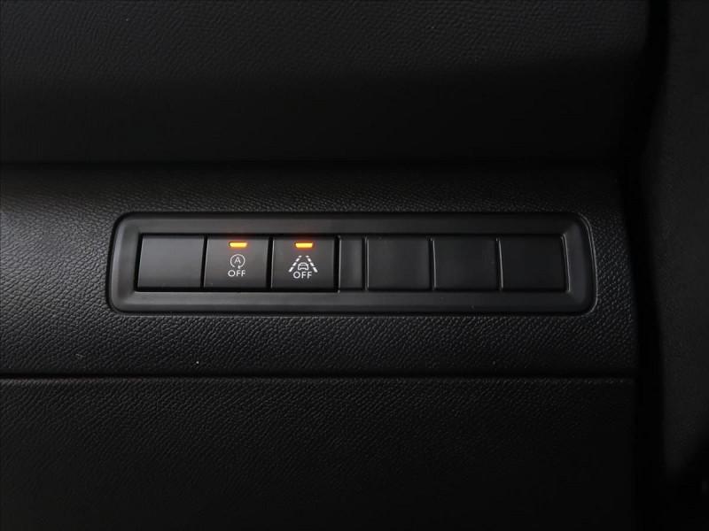 Photo 11 de l'offre de PEUGEOT 308 SW 1.5 BLUEHDI 130CH S&S GT LINE EAT8 à 23185€ chez YM Automobiles
