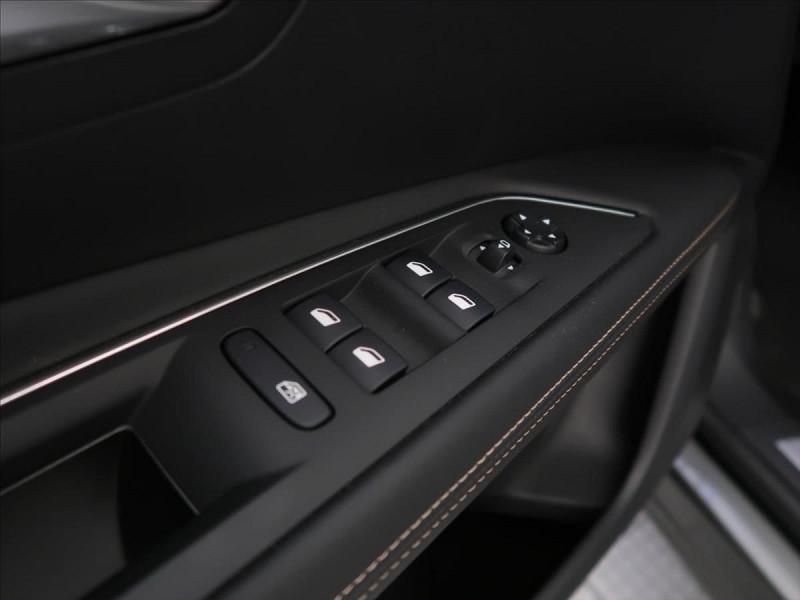 Photo 11 de l'offre de PEUGEOT 3008 2.0 BLUEHDI 180CH S&S GT LINE EAT8 à 31800€ chez YM Automobiles