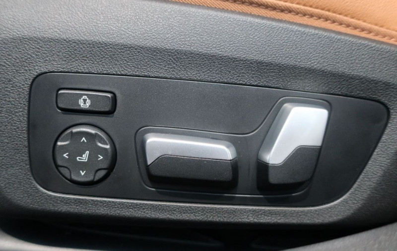 Photo 15 de l'offre de BMW SERIE 3 (G20) M340DA MH XDRIVE 340CH à 70500€ chez YM Automobiles