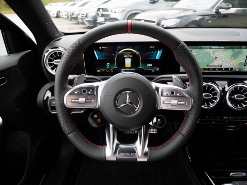 Photo 14 de l'offre de MERCEDES-BENZ CLASSE A BERLINE 35 AMG 306CH 4MATIC 7G-DCT SPEEDSHIFT AMG à 56000€ chez YM Automobiles