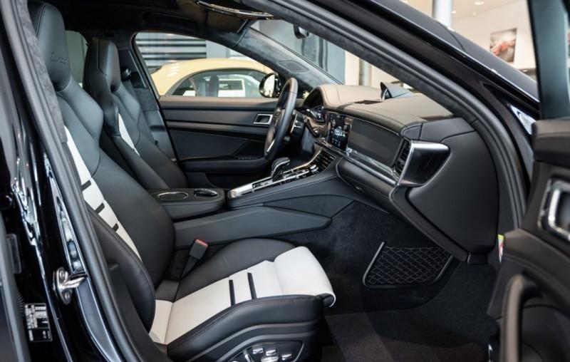 Photo 12 de l'offre de PORSCHE PANAMERA 4.0 V8 550CH TURBO EURO6D-T à 208000€ chez YM Automobiles