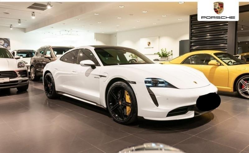 Photo 2 de l'offre de PORSCHE TAYCAN 571CH 4S AVEC BATTERIE PERFORMANCE PLUS à 150000€ chez YM Automobiles