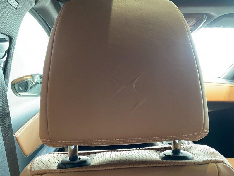 Photo 22 de l'offre de DS DS 7 CROSSBACK BLUEHDI 180CH GRAND CHIC AUTOMATIQUE à 52000€ chez YM Automobiles
