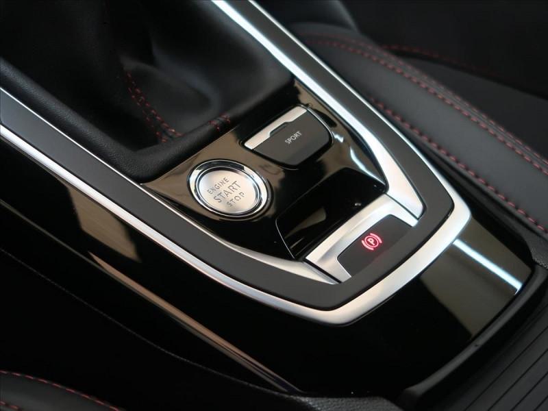 Photo 17 de l'offre de PEUGEOT 308 1.6 PURETECH 263CH E6.2 EVAP S&S GTI à 32000€ chez YM Automobiles