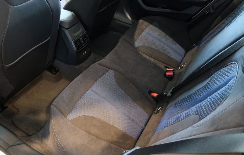 Photo 8 de l'offre de BMW SERIE 1 (F40) M135IA XDRIVE 306CH à 50500€ chez YM Automobiles