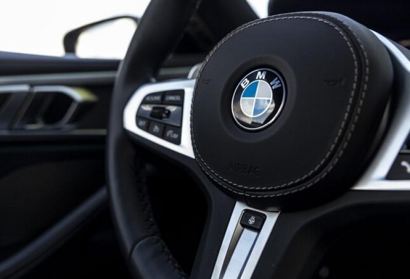 Photo 9 de l'offre de BMW SERIE 8 (G15) 840IA 340CH XDRIVE M SPORT 22CV à 115000€ chez YM Automobiles