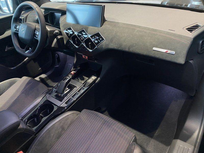 Photo 16 de l'offre de DS DS 3 CROSSBACK E-TENSE PERFORMANCE LINE + 4CV à 42000€ chez YM Automobiles