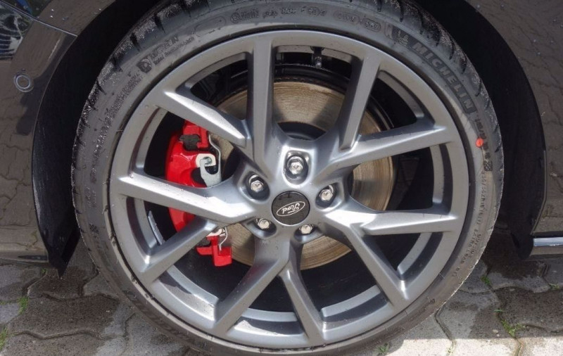 Photo 15 de l'offre de FORD FOCUS 2.3 ECOBOOST 280CH ST 17CV à 37800€ chez YM Automobiles