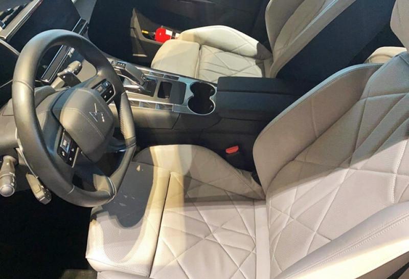 Photo 7 de l'offre de DS DS 7 CROSSBACK PURETECH 225CH GRAND CHIC AUTOMATIQUE 13CV à 49100€ chez YM Automobiles
