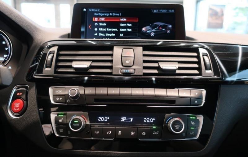 Photo 12 de l'offre de BMW M2 COUPE (F87) 3.0 410CH COMPETITION M DKG 29CV à 97000€ chez YM Automobiles