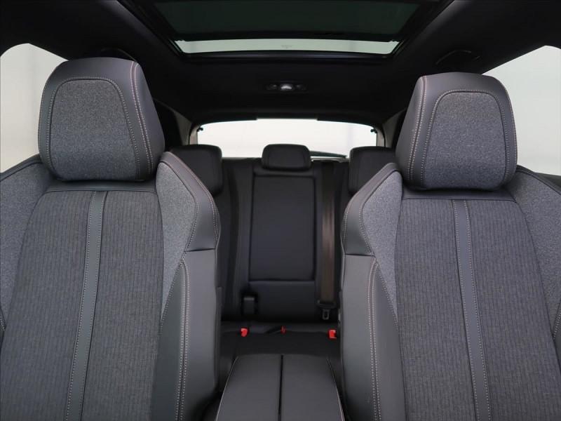 Photo 16 de l'offre de PEUGEOT 3008 2.0 BLUEHDI 180CH S&S GT LINE EAT8 à 31800€ chez YM Automobiles