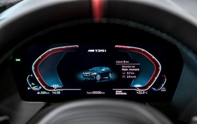 Photo 15 de l'offre de BMW SERIE 1 (F40) M135IA XDRIVE 306CH à 51500€ chez YM Automobiles
