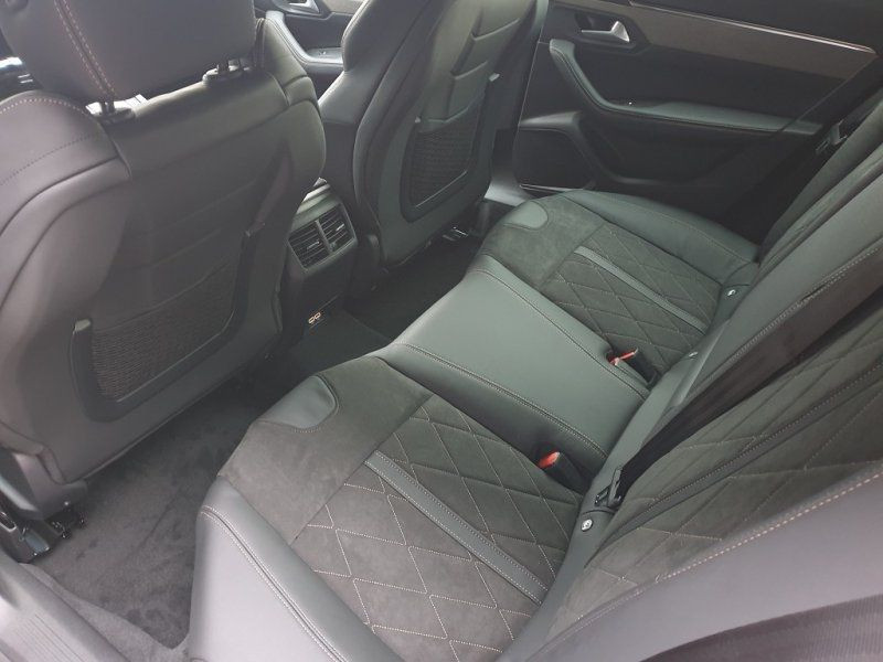 Photo 8 de l'offre de PEUGEOT 508 SW PURETECH 225CH S&S GT EAT8 13CV à 43500€ chez YM Automobiles