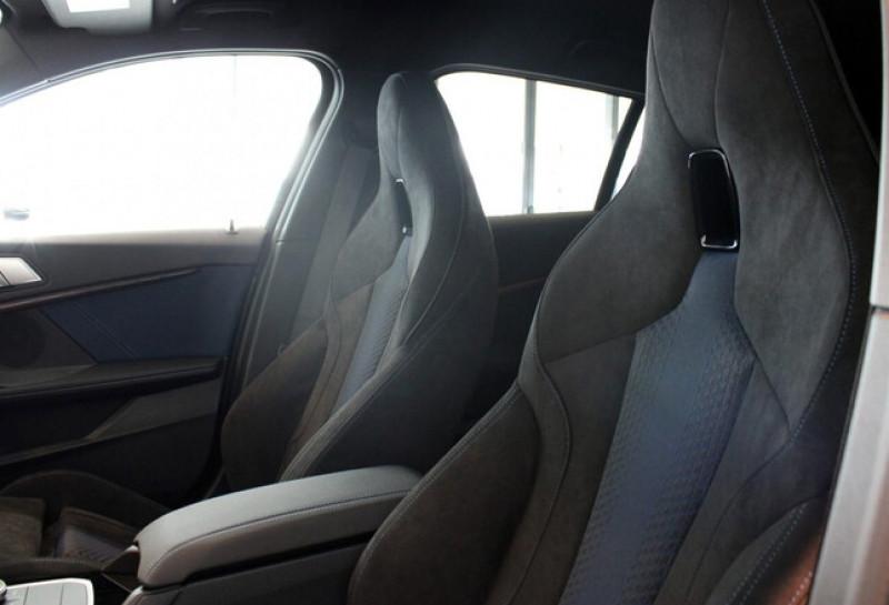 Photo 14 de l'offre de BMW SERIE 1 (F40) 118IA 140CH M SPORT DKG7 à 42000€ chez YM Automobiles