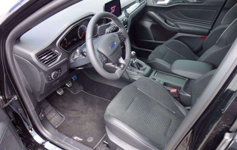 Photo 17 de l'offre de FORD FOCUS 2.3 ECOBOOST 280CH ST 17CV à 37800€ chez YM Automobiles