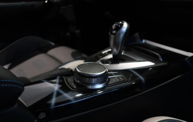 Photo 15 de l'offre de BMW M2 COUPE (F87) 3.0 410CH COMPETITION M DKG 29CV à 97000€ chez YM Automobiles