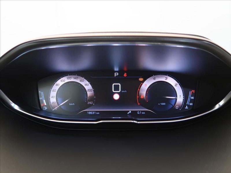 Photo 20 de l'offre de PEUGEOT 3008 2.0 BLUEHDI 180CH S&S GT LINE EAT8 à 31800€ chez YM Automobiles