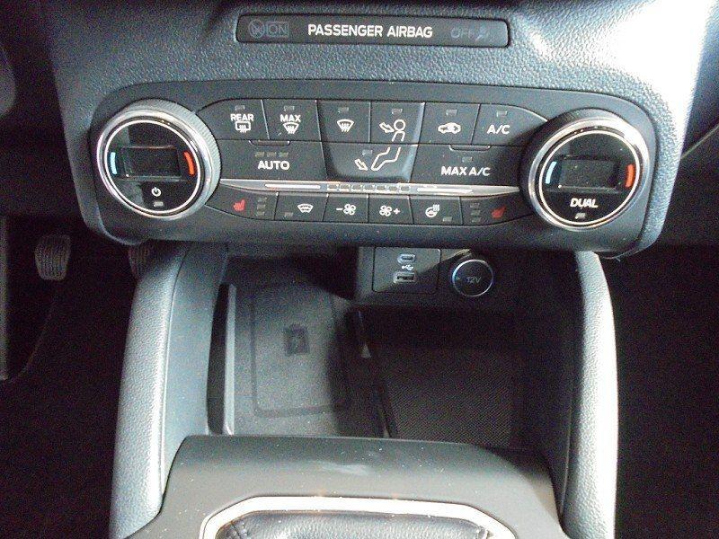 Photo 11 de l'offre de FORD KUGA 1.5 ECOBOOST 150CH TITANIUM à 28400€ chez YM Automobiles
