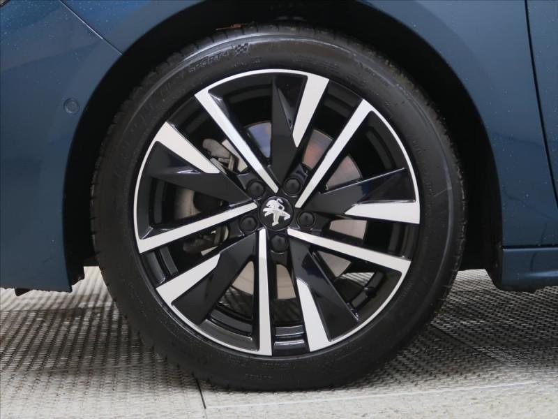 Photo 11 de l'offre de PEUGEOT 508 SW PURETECH 225CH S&S GT EAT8 119G à 31000€ chez YM Automobiles