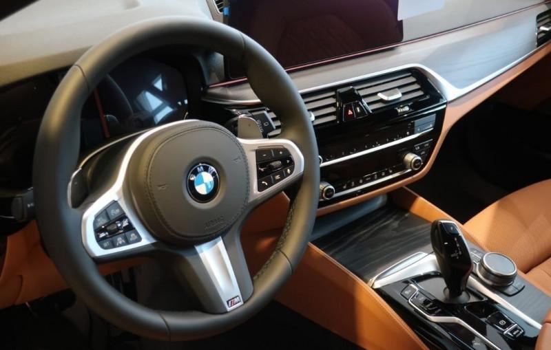Photo 6 de l'offre de BMW SERIE 5 TOURING (G31) 530IA XDRIVE 252CH M SPORT STEPTRONIC EURO6D-T à 65800€ chez YM Automobiles