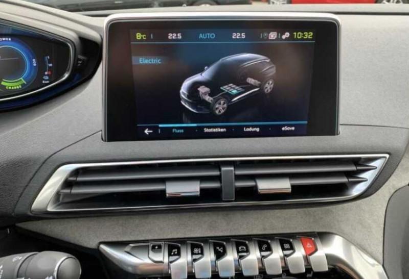 Photo 6 de l'offre de PEUGEOT 3008 HYBRID4 300CH GT E-EAT8 à 48100€ chez YM Automobiles