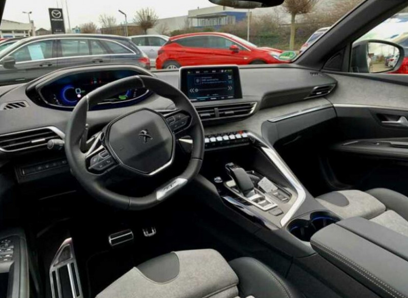Photo 2 de l'offre de PEUGEOT 3008 HYBRID4 300CH GT E-EAT8 à 48100€ chez YM Automobiles
