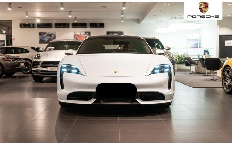Photo 5 de l'offre de PORSCHE TAYCAN 571CH 4S AVEC BATTERIE PERFORMANCE PLUS à 150000€ chez YM Automobiles