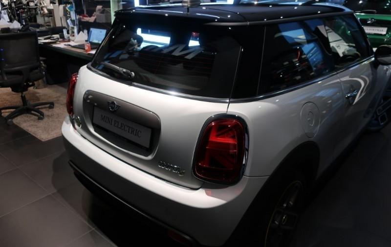 Photo 4 de l'offre de MINI MINI COOPER SE 184CH EDITION GREENWICH BVA à 33500€ chez YM Automobiles