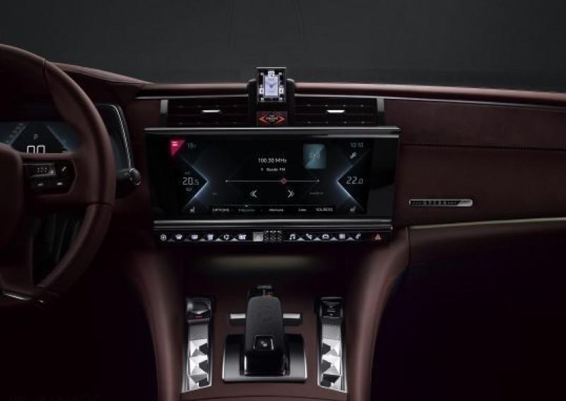 Photo 9 de l'offre de DS DS 9 HYBRID E-TENSE 225CH RIVOLI+ à 60500€ chez YM Automobiles
