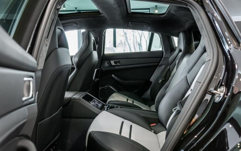 Photo 10 de l'offre de PORSCHE PANAMERA 4.0 V8 550CH TURBO EURO6D-T à 208000€ chez YM Automobiles
