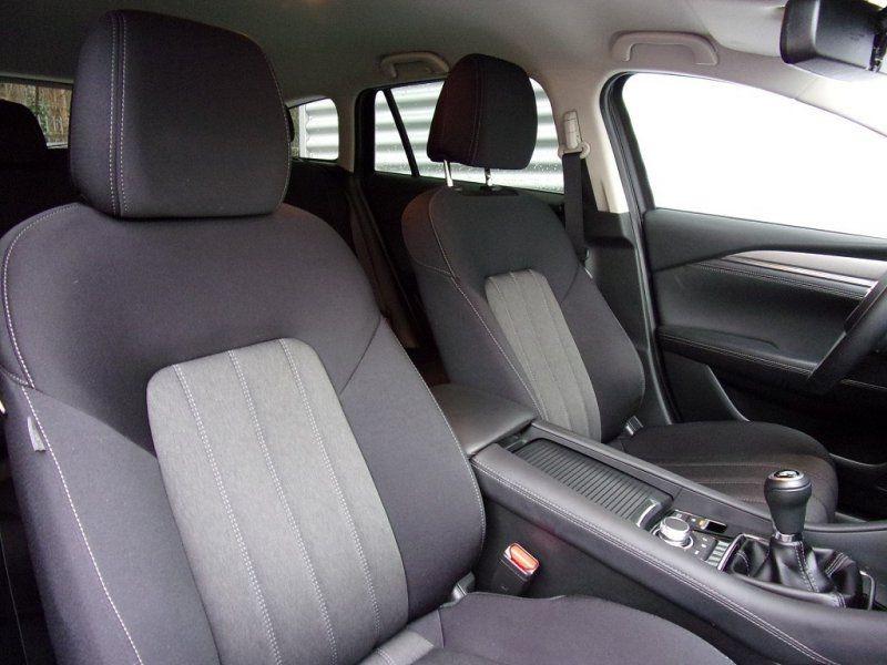 Photo 21 de l'offre de MAZDA MAZDA 6 2.0 SKYACTIV-G 165CH DYNAMIQUE EVAP à 24500€ chez YM Automobiles