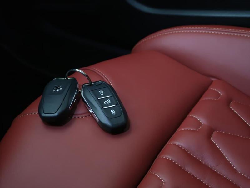 Photo 29 de l'offre de PEUGEOT 508 SW PURETECH 225CH S&S GT EAT8 119G à 31000€ chez YM Automobiles