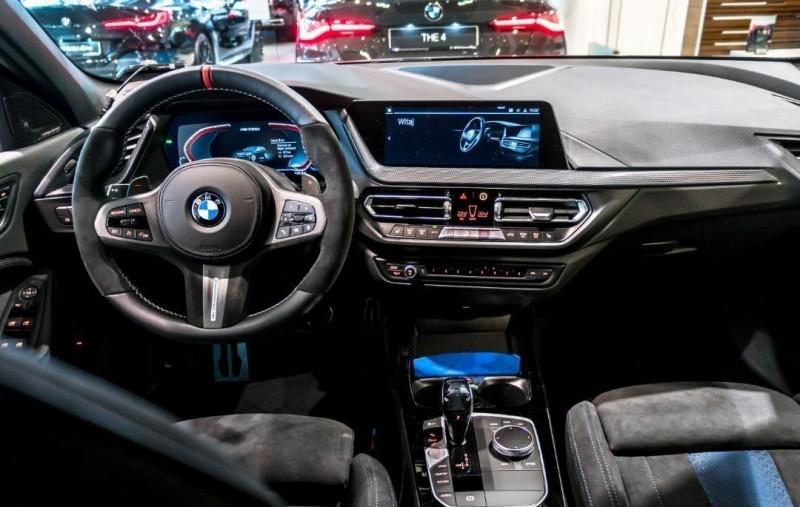 Photo 16 de l'offre de BMW SERIE 1 (F40) M135IA XDRIVE 306CH à 51500€ chez YM Automobiles